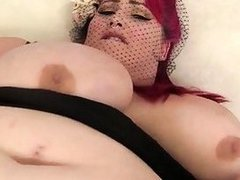 Fat and horny Eliza Allure masturbates