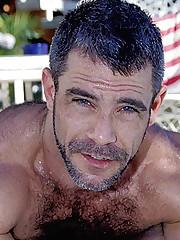Man-lover Pool Side Wank